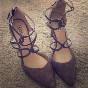 Badgley Mischka Taupe colored heels.